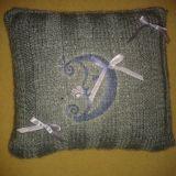 Dekoratyvinė, puošta pagalvėlė