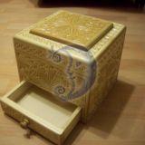 dėžutė su stalčiuku