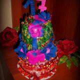 Tortas iš saldainių