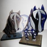 Stiklinis arklys su pasaga
