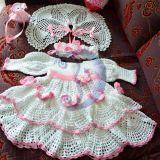 suknelė drugeliai rožinė ilgos rankovės