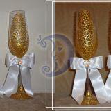 Auksinės vestuvinės taurės