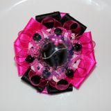 Rožinė - juoda